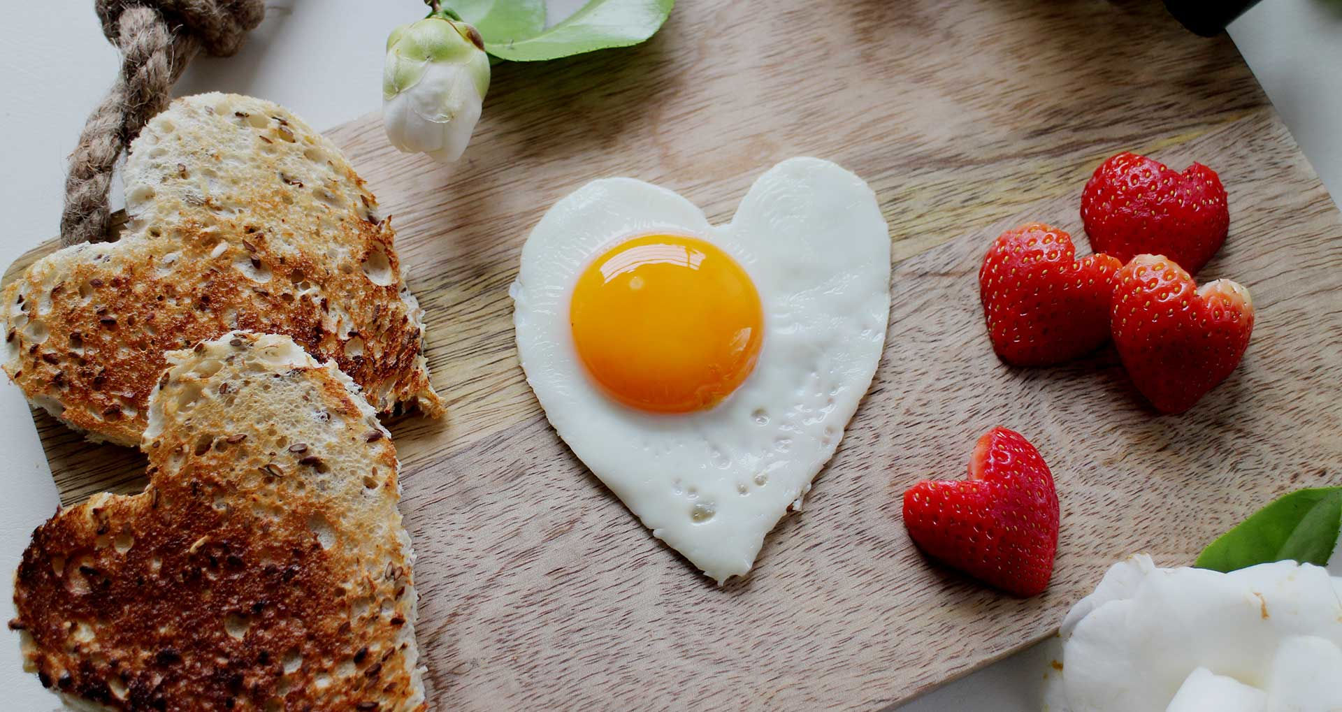 Not just fruit & vegetables, but also bread & eggs